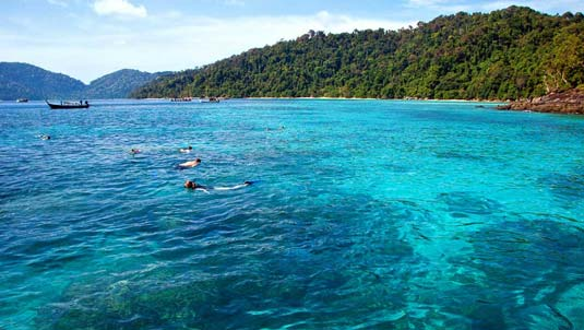 Best Thailand snorkelling at the Surin Islands