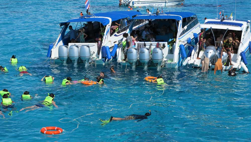 Busy scenes in the Similan Islands