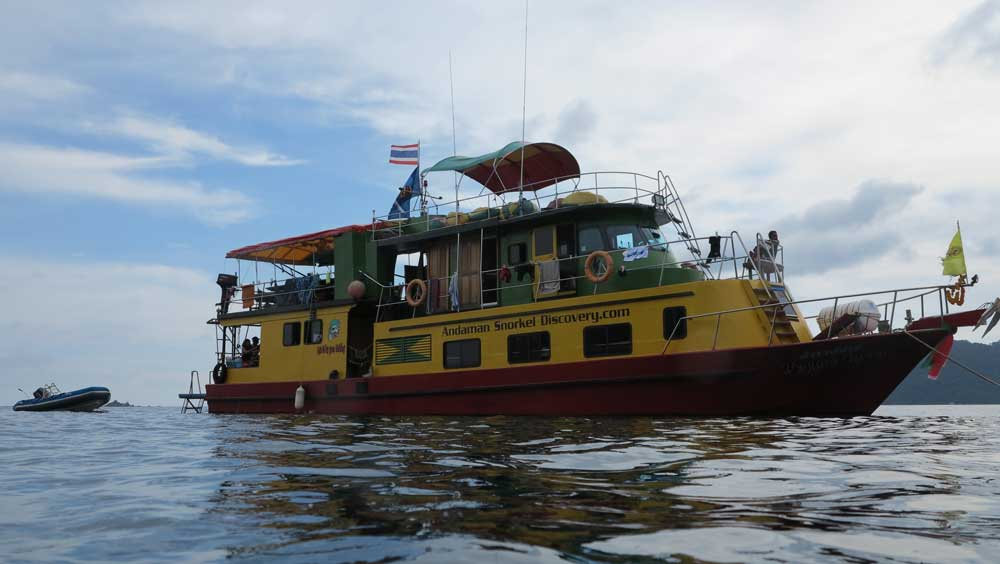 The Reggae Queen snorkelling liveaboard
