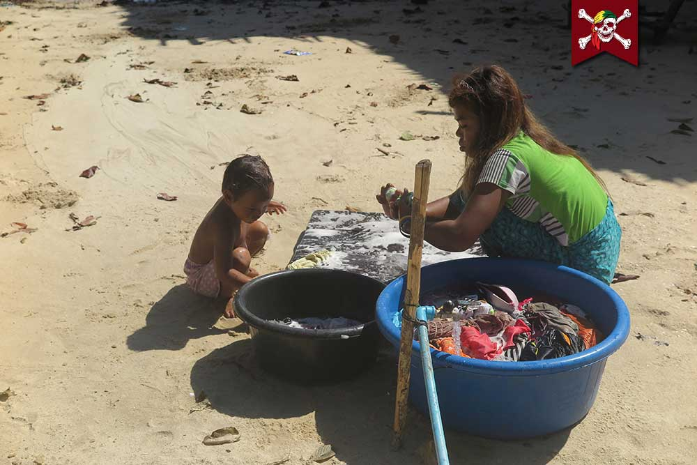 Laundry Surin Beach Style